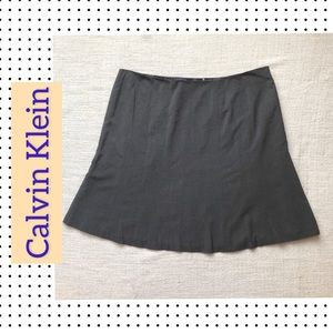Calvin Klein Skirt Plus Size 24W in Gray